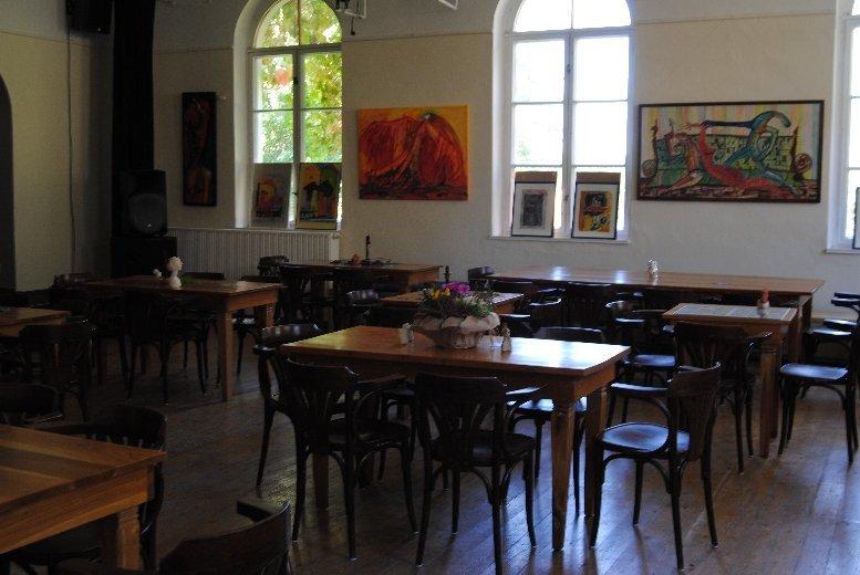 Ballsaal Kunsthaus Eigenregie