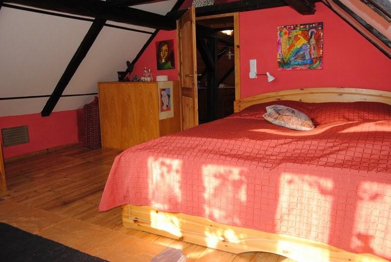 kunsthaus eigenregie rotes Zimmer