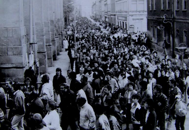 Großdemo am 25.10.1989 in Markneukirchen - Foto: Hans -Joachim Harbig